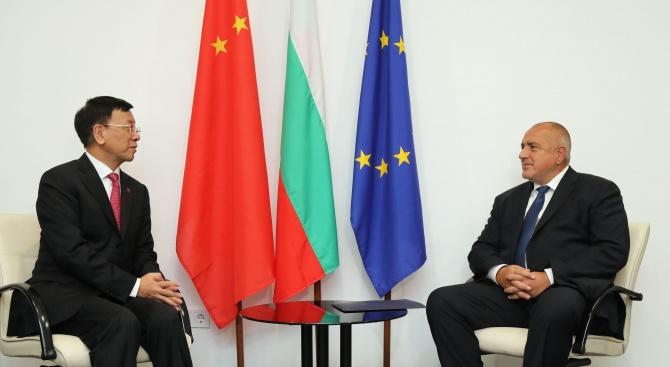 Снимка: Бойко Борисов се срещна със заместник-председателя на Постоянния комитет на общокитайското събрание на народните представители Цао Дзиенмин