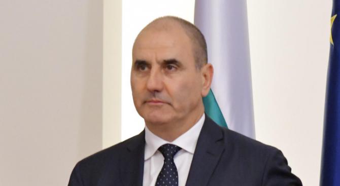Поздравявам народните представители в парламента на Македония, които вчера приеха