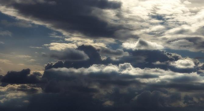 Днес ще бъде предимно облачно и главно в Западна и