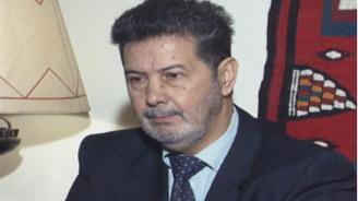Почина адвокатът на българските медици от Либия