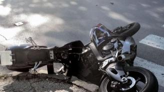 21-годишен е с опасност за живота, след падане от мотоциклет в Асеновград