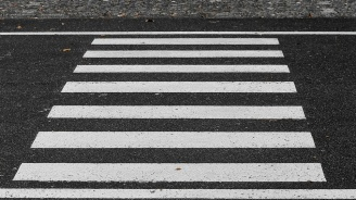 100 лева глоба за пешеходец без хендсфри