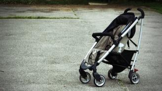 Градски автобус в Пловдив блъсна майка с бебешка количка на пешеходна пътека