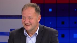 """Михаил Миков: Вестник """"Дума"""" не е на Нинова, а на партията"""