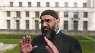 Извадиха ислямистки топпроповедник от лондонски затвор (видео)