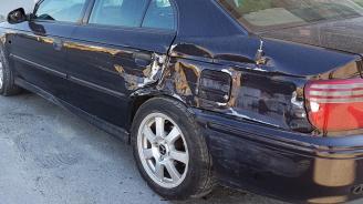 Издирват шофьор, помлял няколко паркирани коли в Русе и избягал