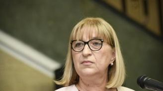Цачева: Не е възможно българските граничари да бъдат предадени на Турция