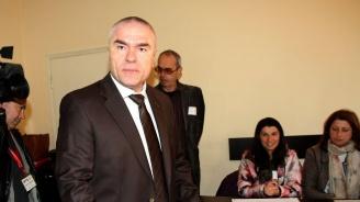 Марешки нападна Симеонов: Такива хора нямат място в правителството