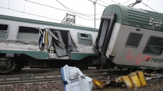17 загинали при дерайлиране на влак в Тайван