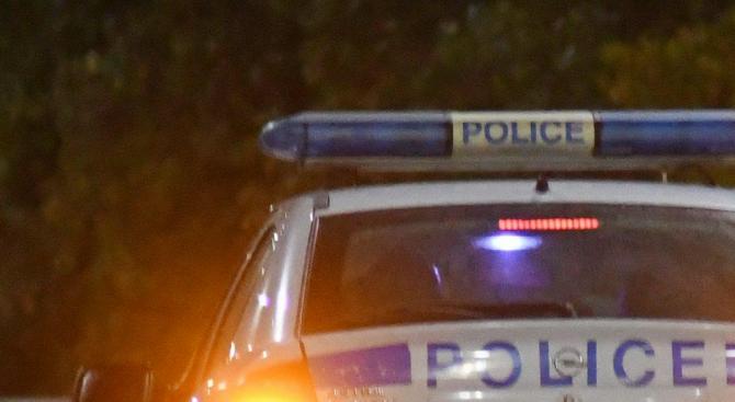 Задържан е мъж в нетрезво състояние, нанесъл щети по 13
