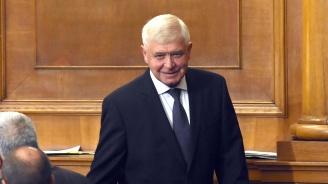 Кирил Ананиев: Първите 280 нови линейки се очакват до края на годината
