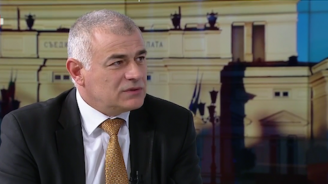 Депутат от БСП за Валери Симеонов: По-добре да изгори бушонът, отколкото цялото правителство (видео)