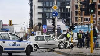 Коли се помляха на оживен софийски булевард (снимки)