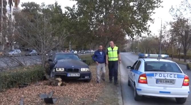 След употреба на наркотици: две момчета катастрофираха в Пловдив