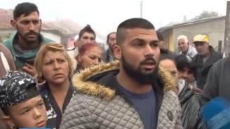 Битите роми от Мъглиж разказаха за акцията на Жандармерията (снимки+видео)