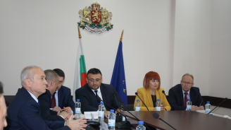 Младен Маринов проведе среща с кметовете на област Стара Загора