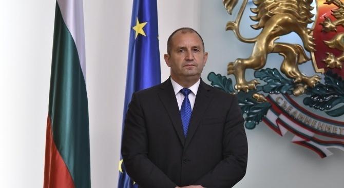 Президентът Радев ще участва в Парижкия форум за мир