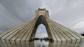 Техеран: Американските санкции са абсурдни и незаконни
