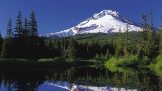 Чили наблюдава отблизо вулканите си заради опасност от изригвания