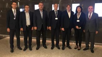 Мустафа Карадайъ и делегация на ДПС заседават на 39-ия конгрес на АЛДЕ в Мадрид