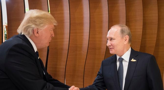 Макрон е спънал срещата Путин-Тръмп?