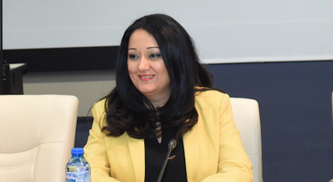 Лиляна Павлова ще участва в международна конференция за фалшивите новини