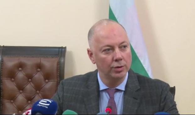 Транспортният министър разкри защо иска оставката на ръководството на БДЖ