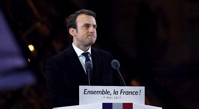 Скандал забърка френският президент Еманюел Макрон, предаде АП.Държавният глава в