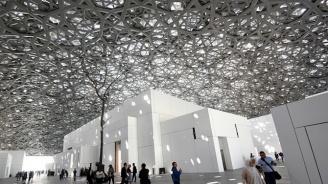 Повече от милион души са посетили Лувъра в Абу Даби за година