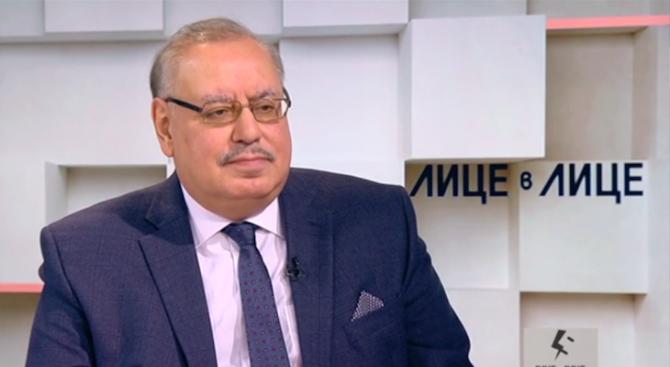Проф. Димитър Иванов: Правителството разписа некролога на малките пици на Дянков