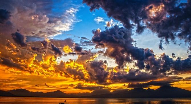 Нахлуват облаци и вятър, температурите - до 10°