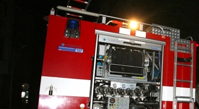 12 пожара са гасили екипи в Кюстендил