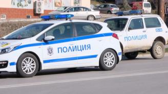 Задържаха 31-годишен мъж, ухапал и заплюл полицай