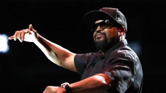 """Ice Cube изригна срещу Тръмп с """"Арестувайте президента!"""" (видео)"""