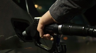 НСИ: Най-масовият бензин и дизел са поскъпнали с над 3% през октомври