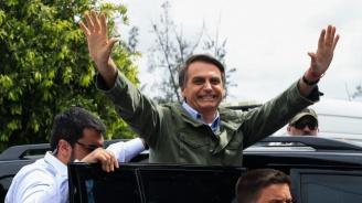 Куба изтегля медиците си от Бразилия след критики на новоизбрания президент