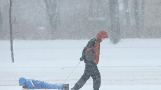 Жълт код за дъжд и сняг в почти цяла България утре