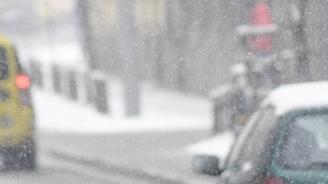 Сняг вали във високите части на Смолянска област