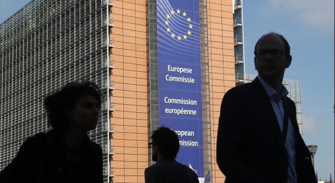 Европейската комисия ще представи днес докладите за напредъка на България