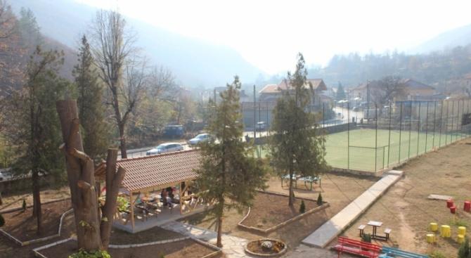 Откриха обновеното училище в село Градежница