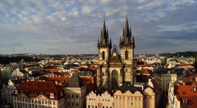 Чехия се присъедини днес към страните от ЕС, отхвърлящи пакта