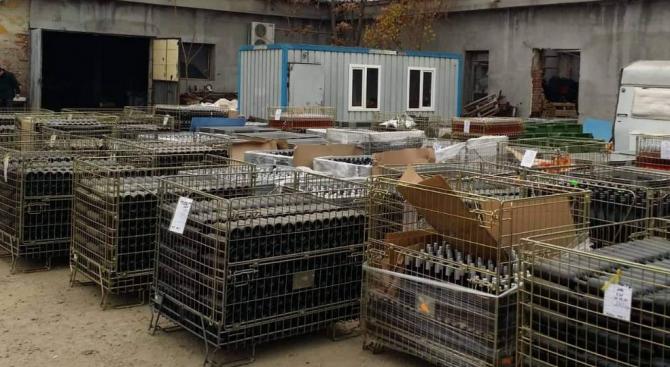 Служители от Митница-Бургас иззеха близо 30 000 литра вино в