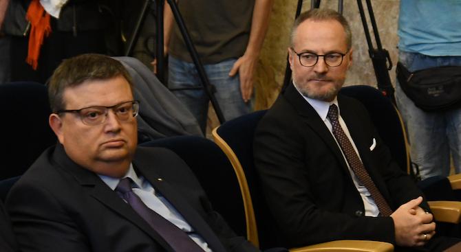 Председателят на ВКС Лозан Панов обвини главния прокурор Сотир Цацаров,