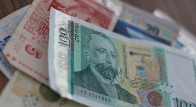 В Бургас е заловен е 22-годишен мъж, извършил неправомерни транзакции