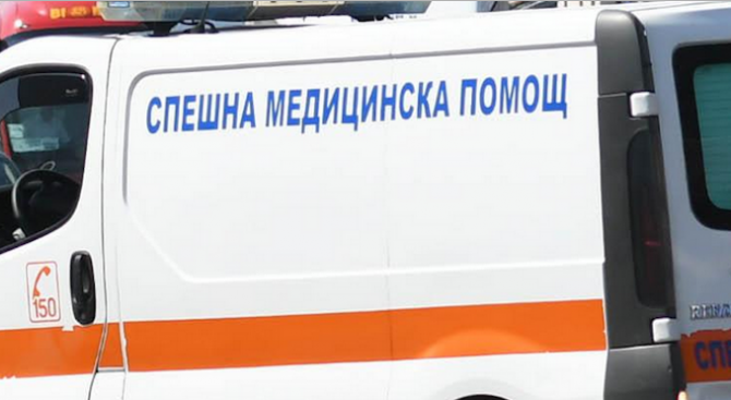 Двама мъже бяха откарани в шуменската болница след катастрофа тази