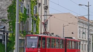 Трамвай излезе от релсите в Белград: Има загинал и ранени (видео)