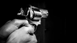 Двама въоръжени нападнаха магазин в Русенско