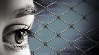 Полицаи, психолози и социални работници ще помагат на пострадали от домашно насилие