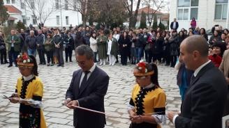 Цветан Цветанов участва в церемонията по откриването на новото крило на болницата в Раковски (снимки)