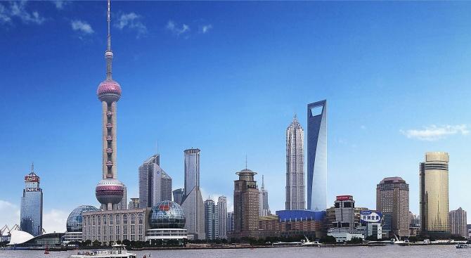 Луксозен хотел отваря врати в бивш открит рудник в Шанхай (видео)